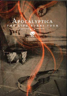 Apocalyptica - The Life Burns Tour 01 – Intro 02 – Path 03 - Master of puppets 04 - Somewhere around nothing 05 - Fight fire with fire 06 – Quutamo 07 – Heat 08 – Betrayal