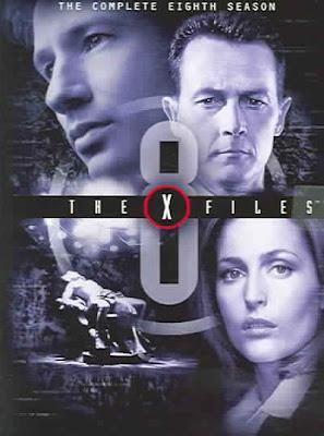 Arquivo X - 8ª Temporada Completa Arquivo X é uma série de ficção científica, criada em 1993 por Chris Carter. A série conta a história de dois agentes do FBI que procuram cegamente pela verdade. Durante os 9 anos em que os agentes trabalham com os arquivos X (arquivos sem explicação abandonados pelo FBI), eles já se depararam com ETs (o assunto principal da série)