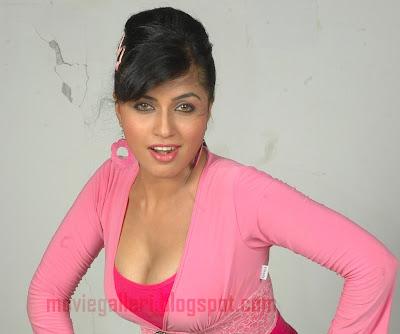 Aarthi puri hot possible
