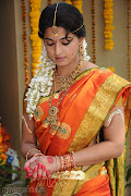 Actress Anuska Sexy Looking With Black Saree