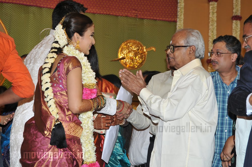photos  rajini at Soundarya Rajinikanth wedding  photos of Soundarya    Heroin Soundarya Family Photos