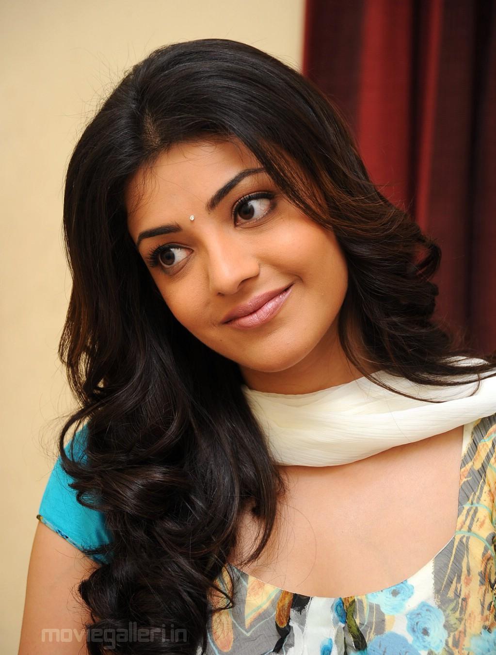 kajal agarwal close up stills cute kajal agarwal pics   new movie
