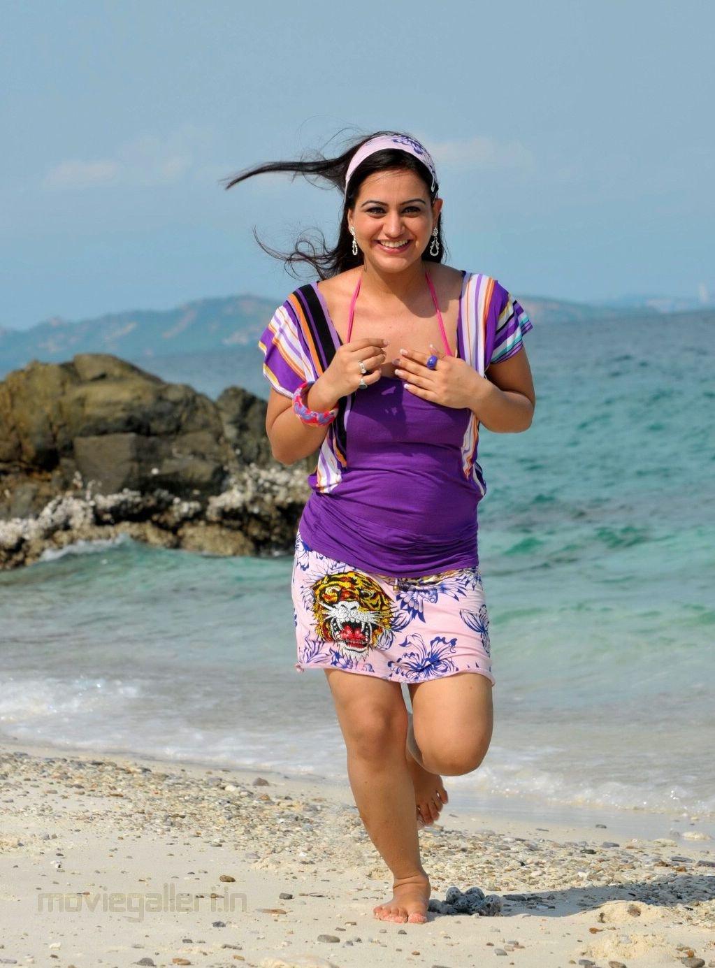 looking hot at beach photo stills actress aksha beach shoot pic s