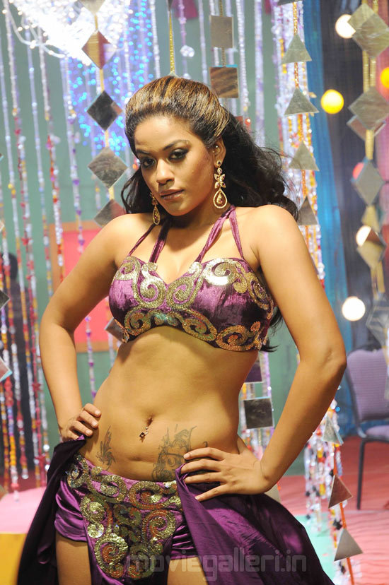... Actress Mumaith Khan Latest Hot Pics, Mumaith Khan Latest Hot Stills