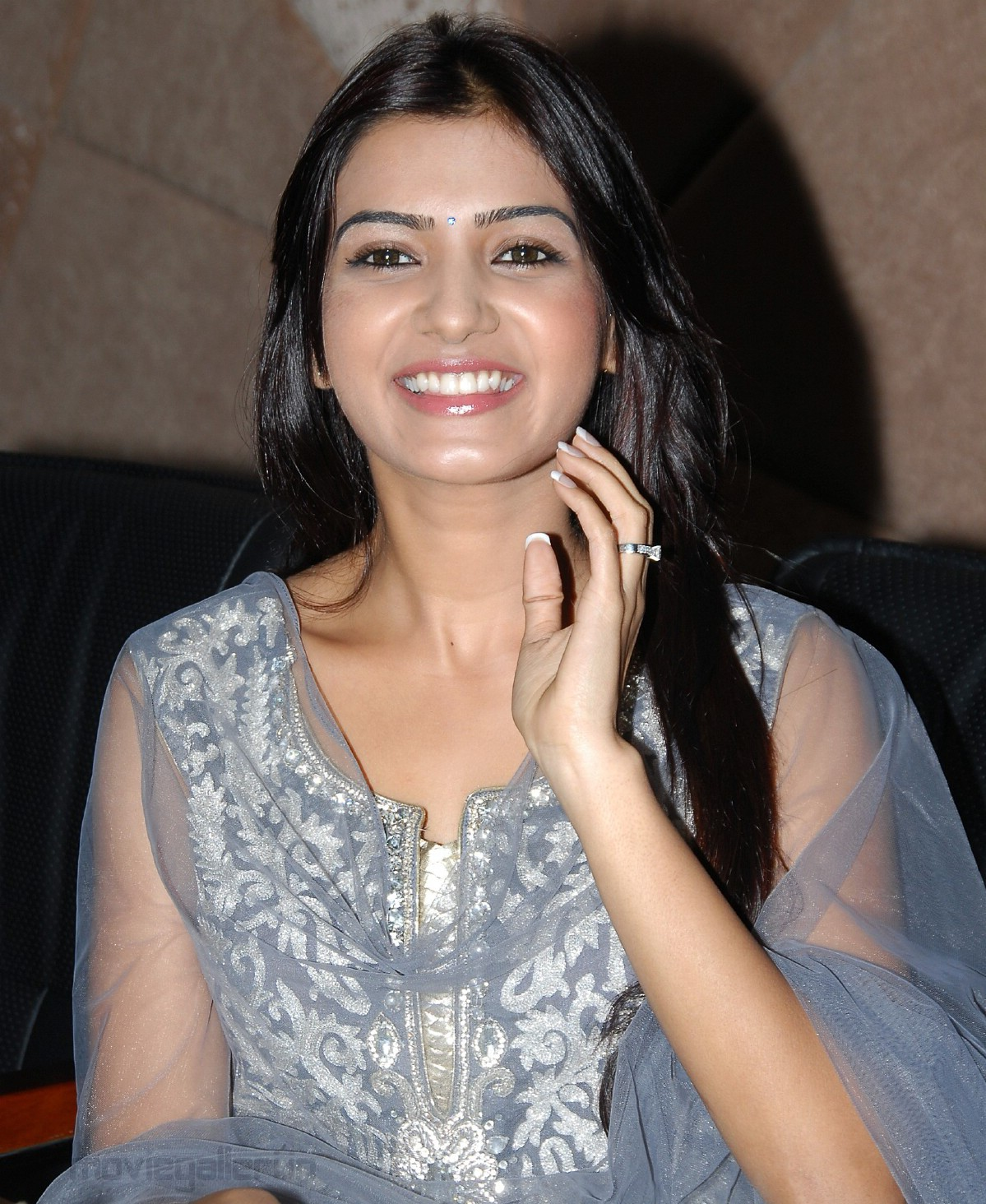 actress samantha cute smile stills, samantha smile wallpapers
