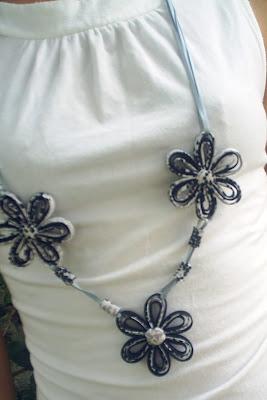 Colar Floral Ana