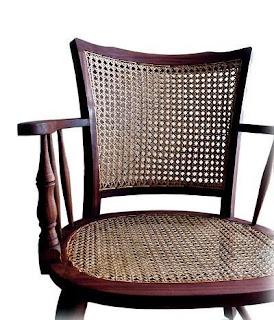 3.bp.blogspot.com/_eg7v7OIFPJM/SO7Ue3HLv9I/AAAAAAAAAAM/Ewt1ZdHZYB4/s320/cadeira+de+palinha.jpg