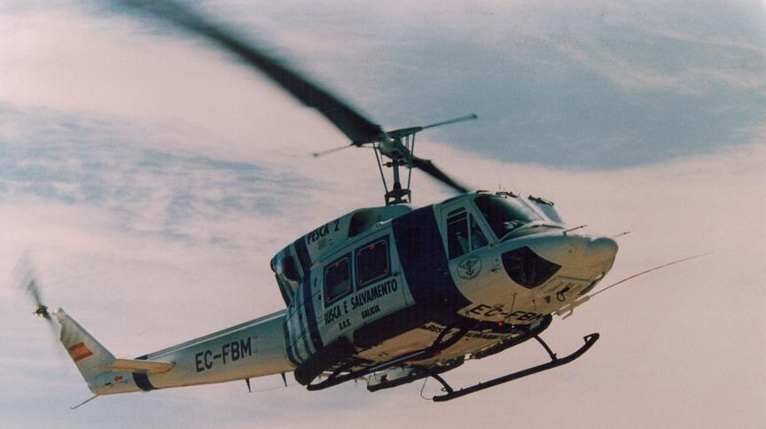 Volando el AB 212