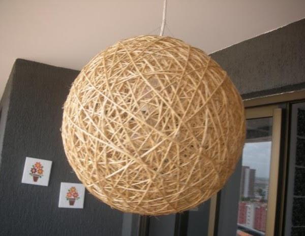 Lampara globo con piola hilo o lana, muy barata y linda