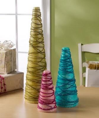 Topiarios de mesa o repisa, reciclados (arbol de Navidad)