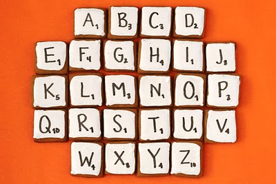 Scrabble comestible con galletas de jengibre