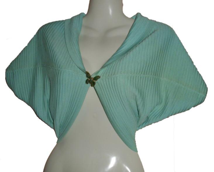 Moda reciclada: de remera chaleco (o bufanda) a torera (o bolero)