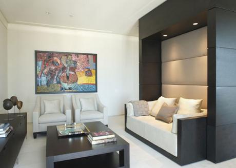 Glitz bliss living bliss minimalist condo in chicago for Minimalist condo interior