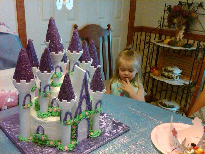 Angie Acapella Wilton Castle Cake Tutorial
