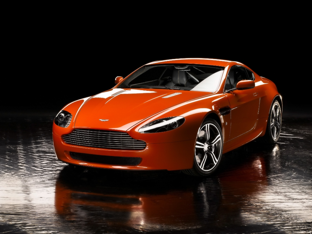 Aston Martin Vantage Wallpaper