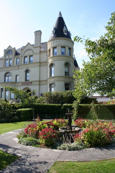 manresa castle history