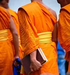 oranžová buddhismus