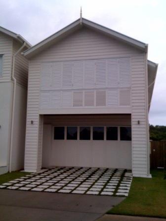 [garage+doors]