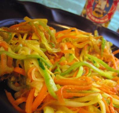 La belle auberge verdure croccanti in salsa esotica for Taglio alla julienne