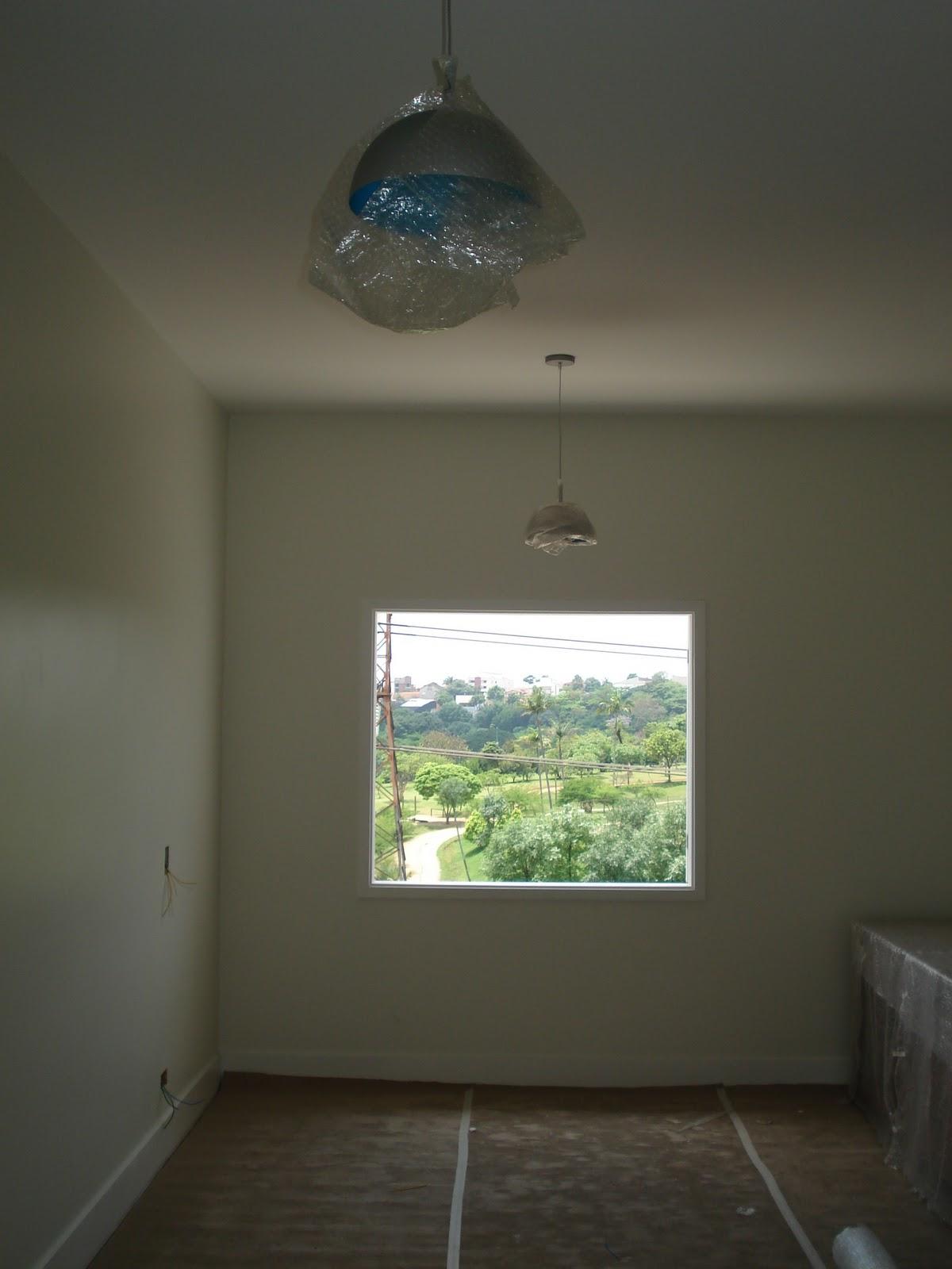 #768843  de instalar algumas guarnições e as folhas da janela de vidro. Só 1496 Tirar Mancha Janela De Aluminio