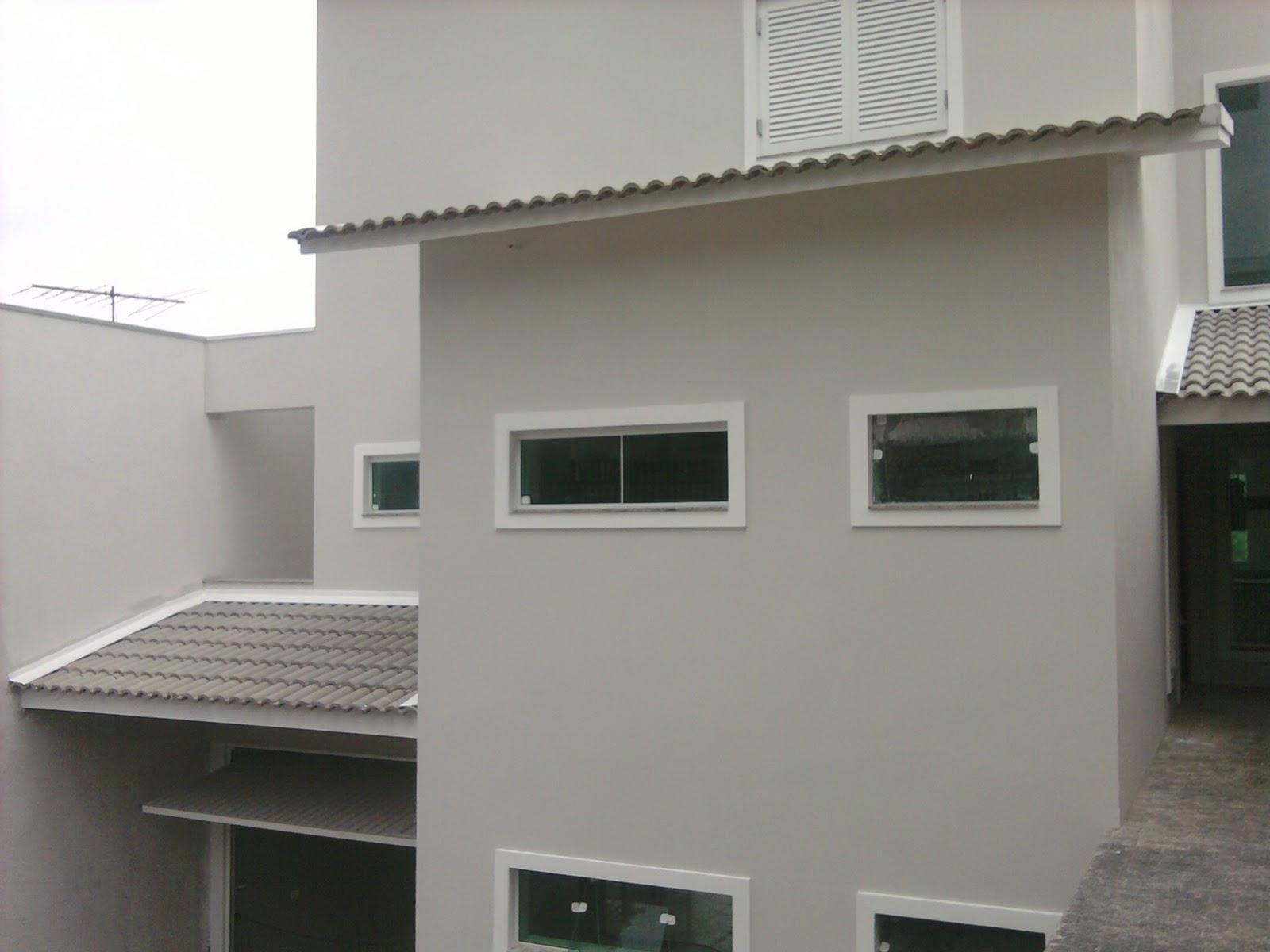 #615B4D Nasce uma casa ***** O dia a dia de uma construção: Olhando para  610 Janelas En Vidros