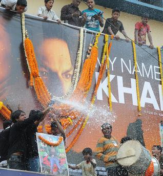 Shah Rukh regrets MNIK controversy