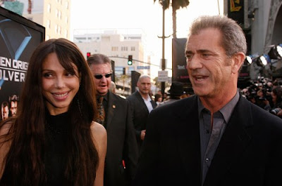 Mel Gibson and Girlfriend Step Out on Red Carpet