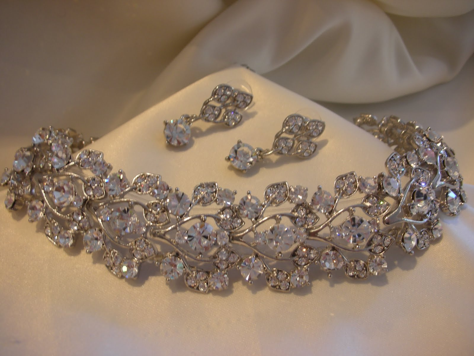 Everything But The Dress Matching Sets of Bridal Jewelry