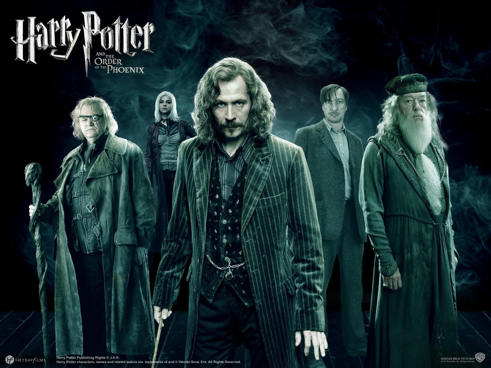 http://3.bp.blogspot.com/_eqPrIE5E1OM/THcjZ-xmioI/AAAAAAAAA1s/YUekbXW0Wj4/s1600/Harry-Potter-The-Order-Phoenix.jpg