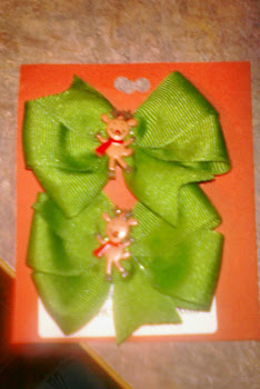 Reindeer Green Christmas Bows