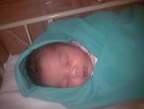 Arissa 2 jam selepas di lahirkan