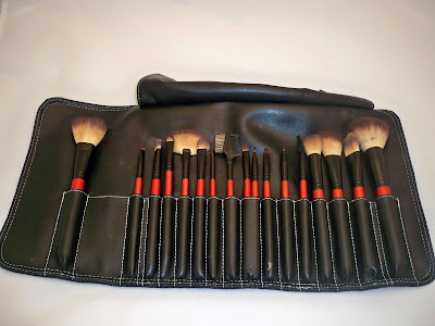 synthetic+set Confidential Brushes Review/Giveaway