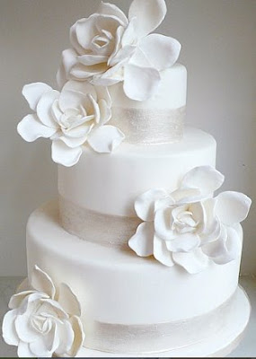 cakes,wedding dress