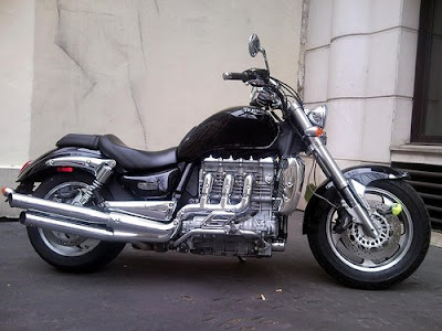 Triumph Rocket, Triumph, motorcycle