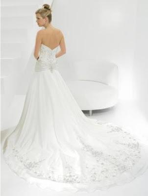 Allure Bridals wedding dresses, strapless dress, modern wedding dresses,