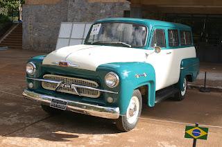 Muito Antes Da Fiat Alardear A Novidade Locker Na Palio Week End Versão  Transfor Mers, A GM Ofereceu Um Sistema Semelhante Na Linha Chevrolet 3100,  ...
