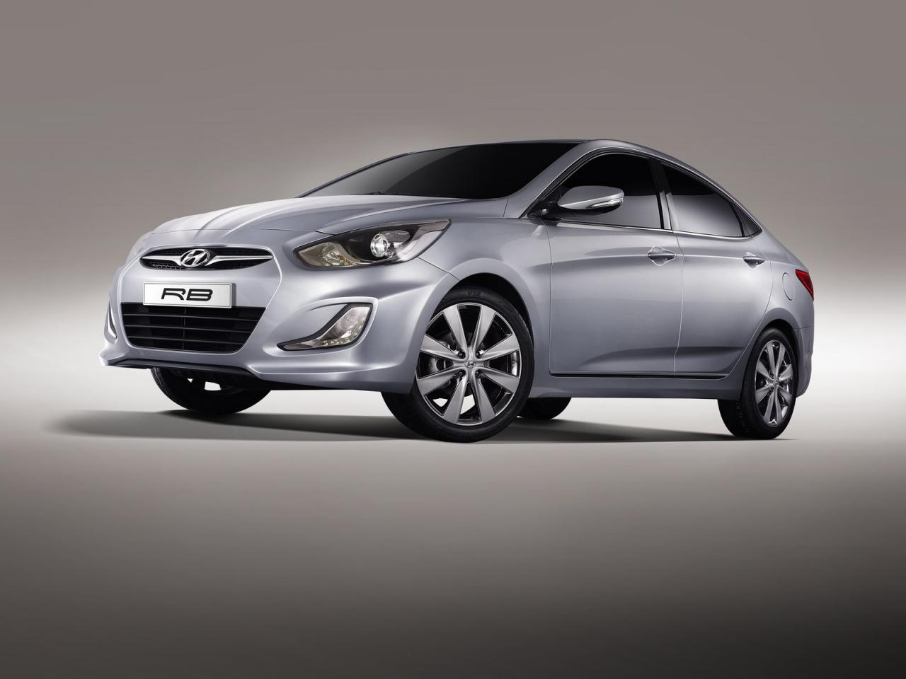 Hyundai accent rb concept car unveiled at the 2010 moscow auto show