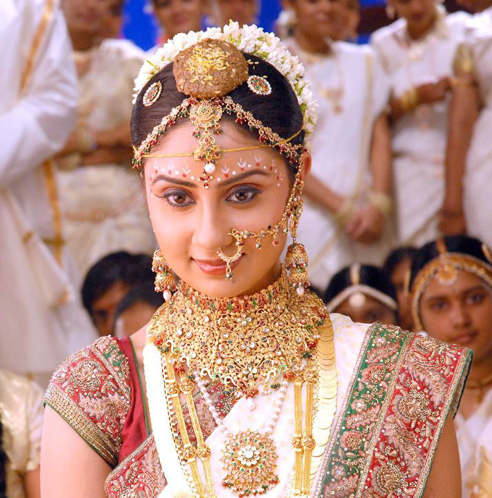 Indian actress in Marriage (wedding) dress wallpapers | Glamorous ...