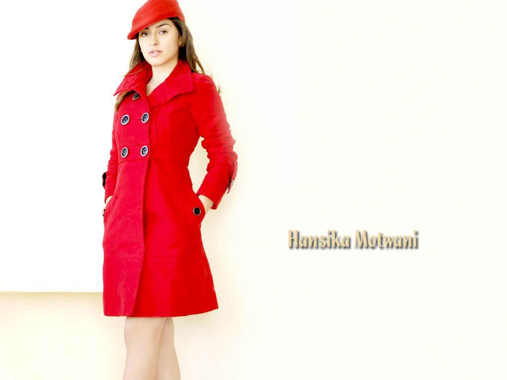 Hot Hansika Motwani Spicy Still In Skirt