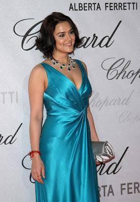 فساتين الممثلة الهندية برتني زنتا
