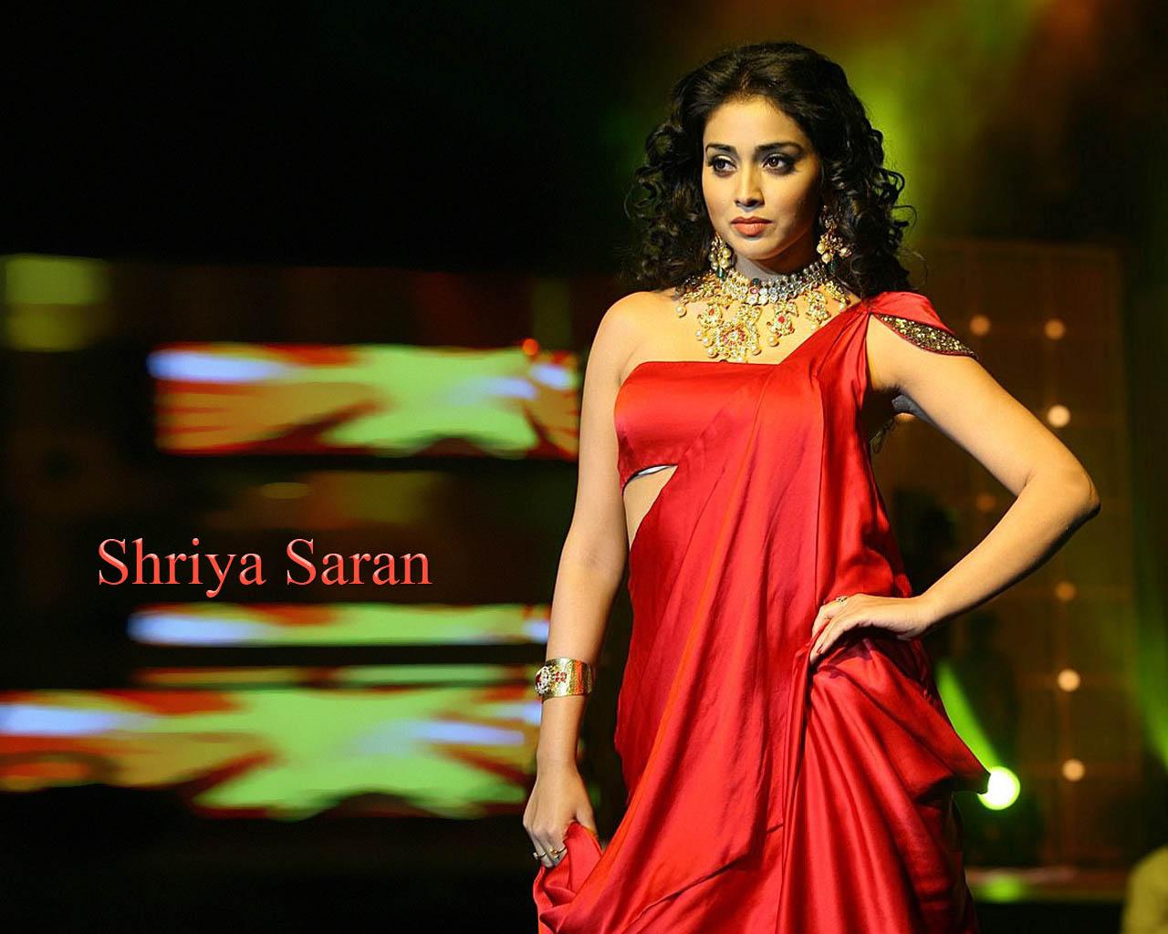 Shriya Saran  pics