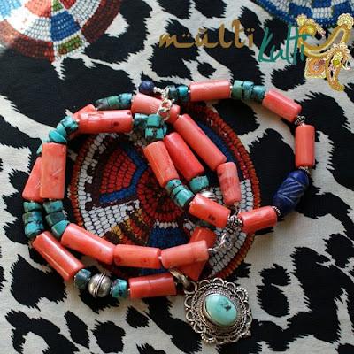 etniczny wisior z turkusem na koralach