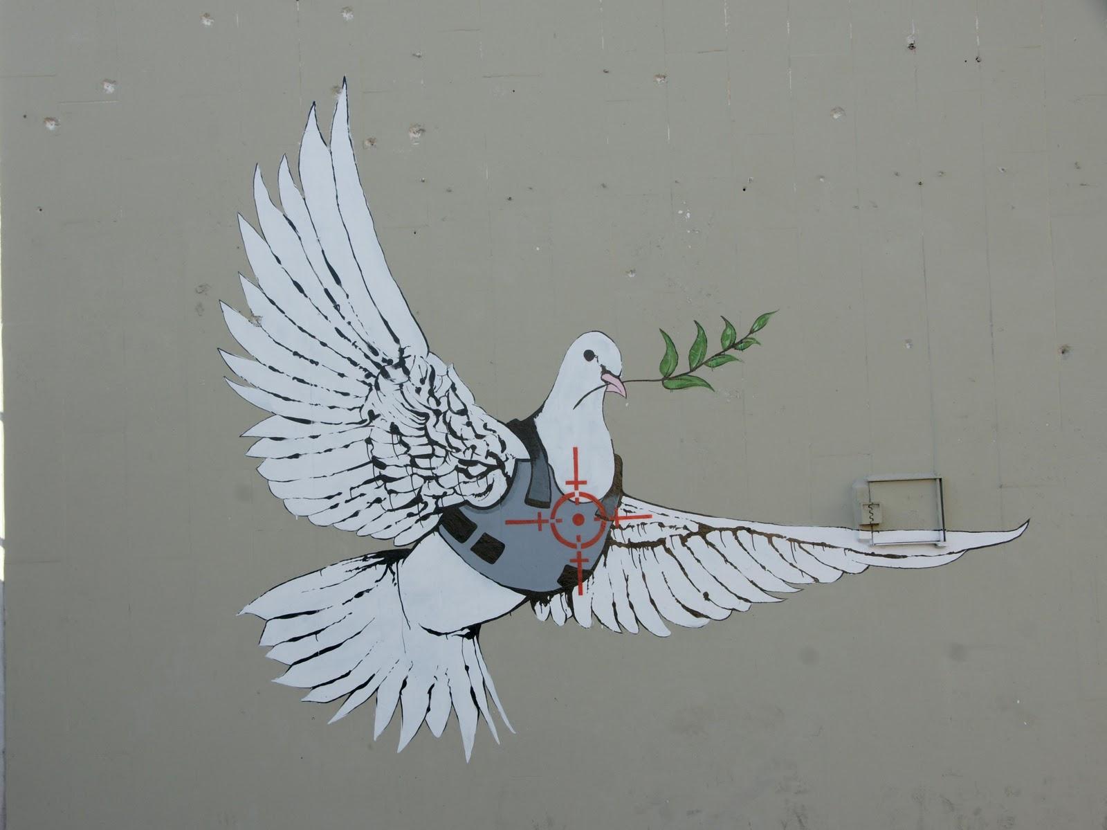 http://3.bp.blogspot.com/_eucXILfI5Yg/TK9JsF4-3KI/AAAAAAAAAP0/RQVvuVzbLyo/s1600/Banksy_dove.jpg