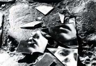 Imagen de la película de Antonioni, Superstizione. Distribuida por Documenta Madrid.