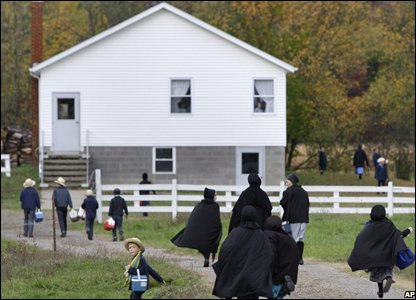the amish school system The decision allowed the amish and old order mennonites to either establish their own schools, or withdraw their children from public schools after they graduate from grade 8 this granting of additional religious freedom is not without cost.