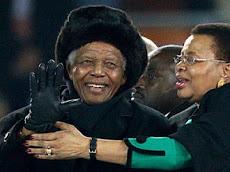 Mandela agradece e diz adeus