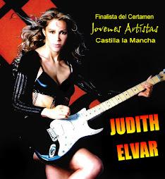 ella es la cantante judith elvar. en la posicion , n 3 del ranqui
