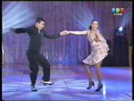 Adrián Laino y Su Divertido Baile