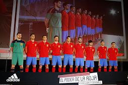 Todos con la roja