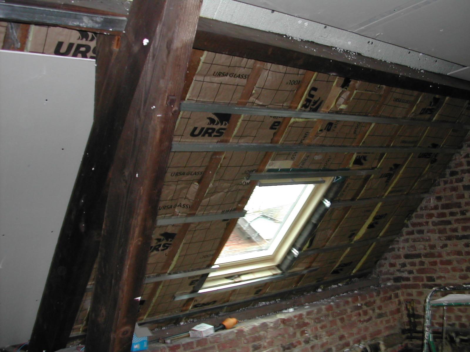 Pose de fen tre de toit isolation habillage raccordement for Habillage fenetre de toit